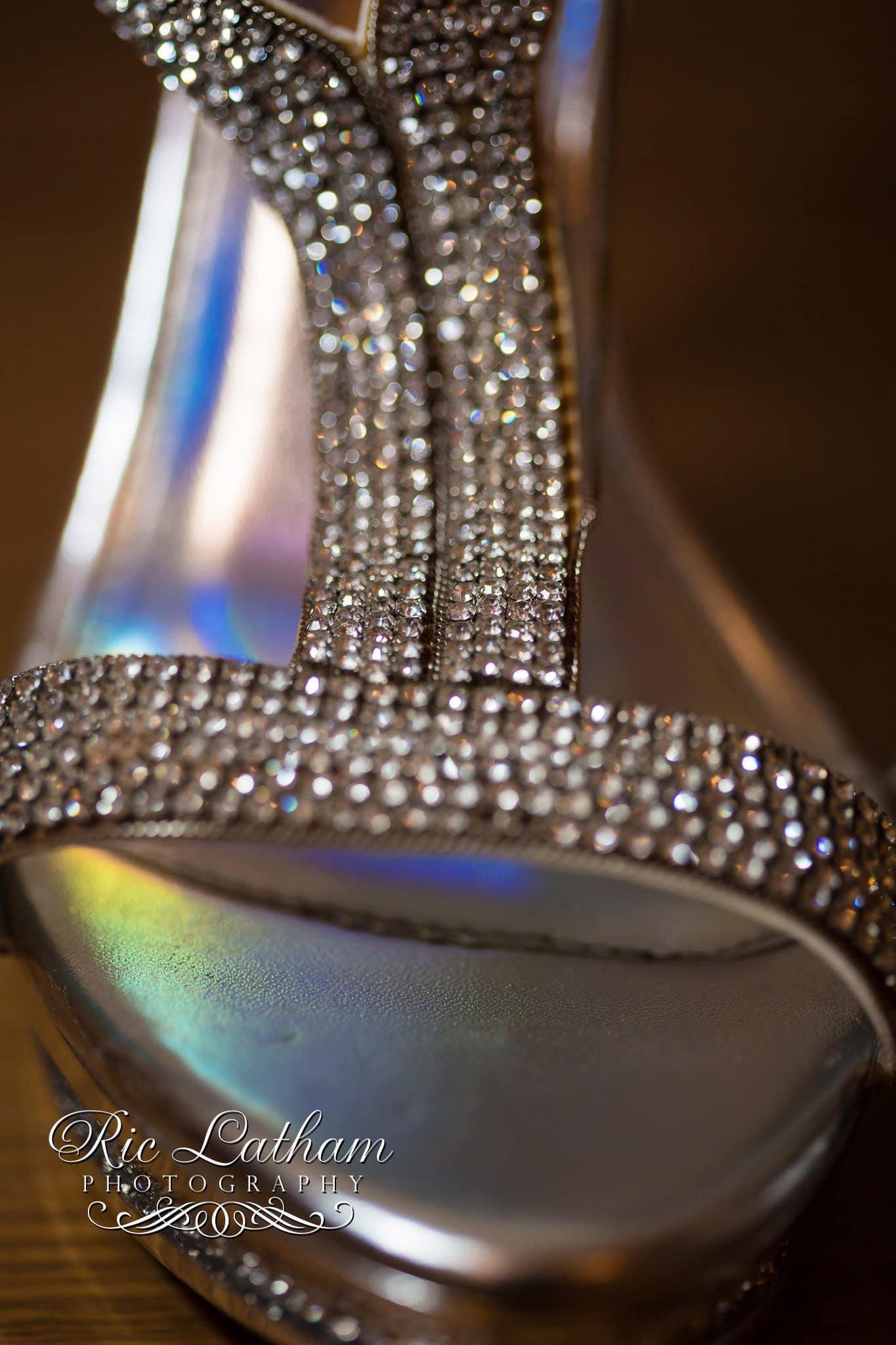 brides-wedding-shoes-005