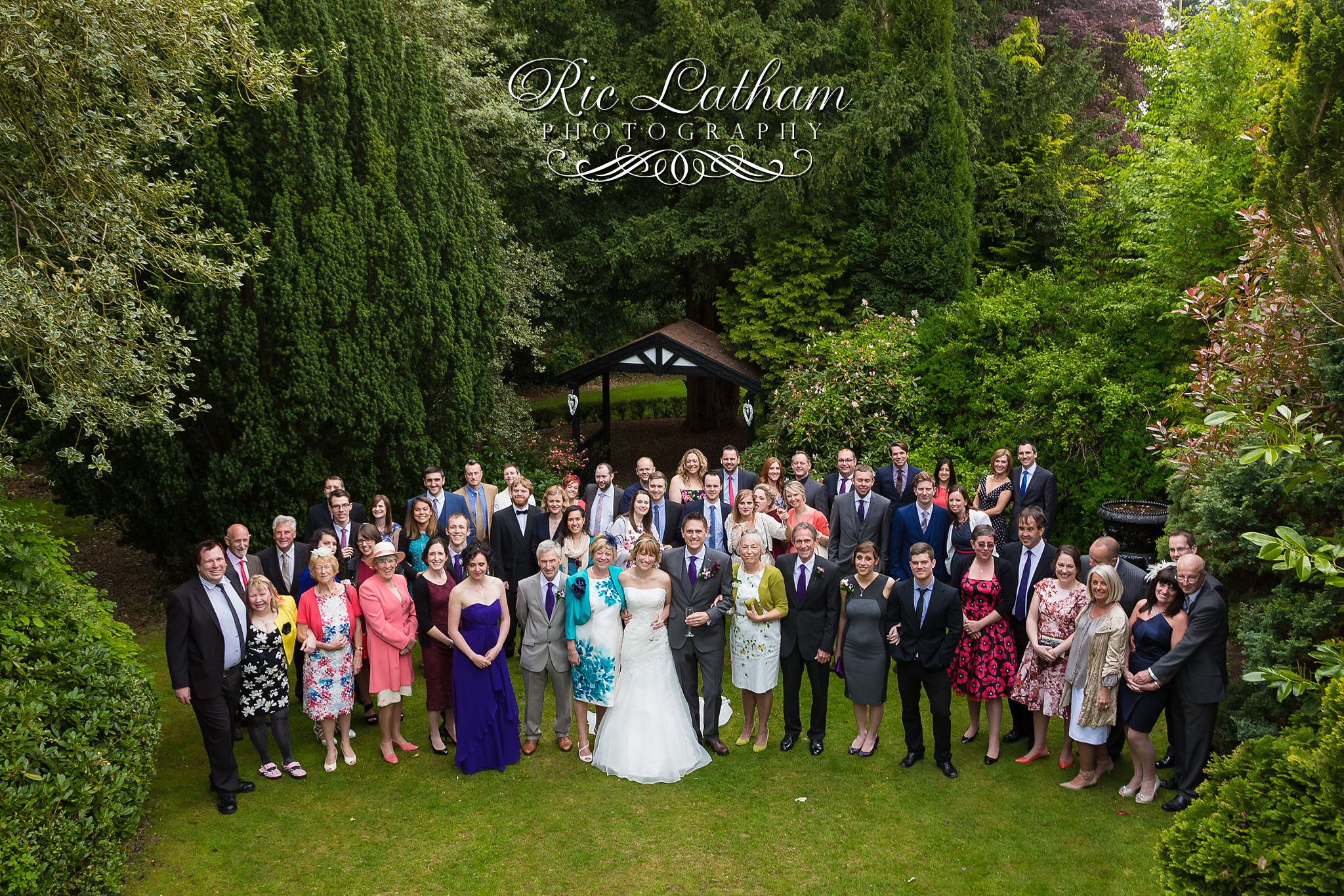 large groupweddingphoto